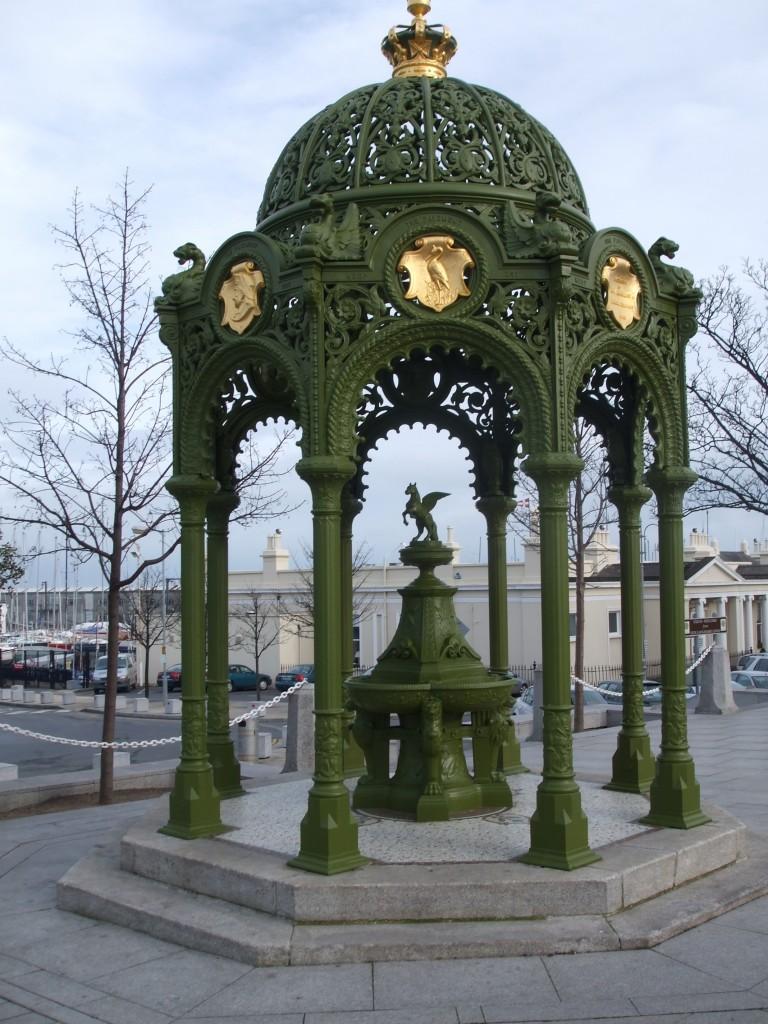 illust. A.2.Victoria fountain DLR.